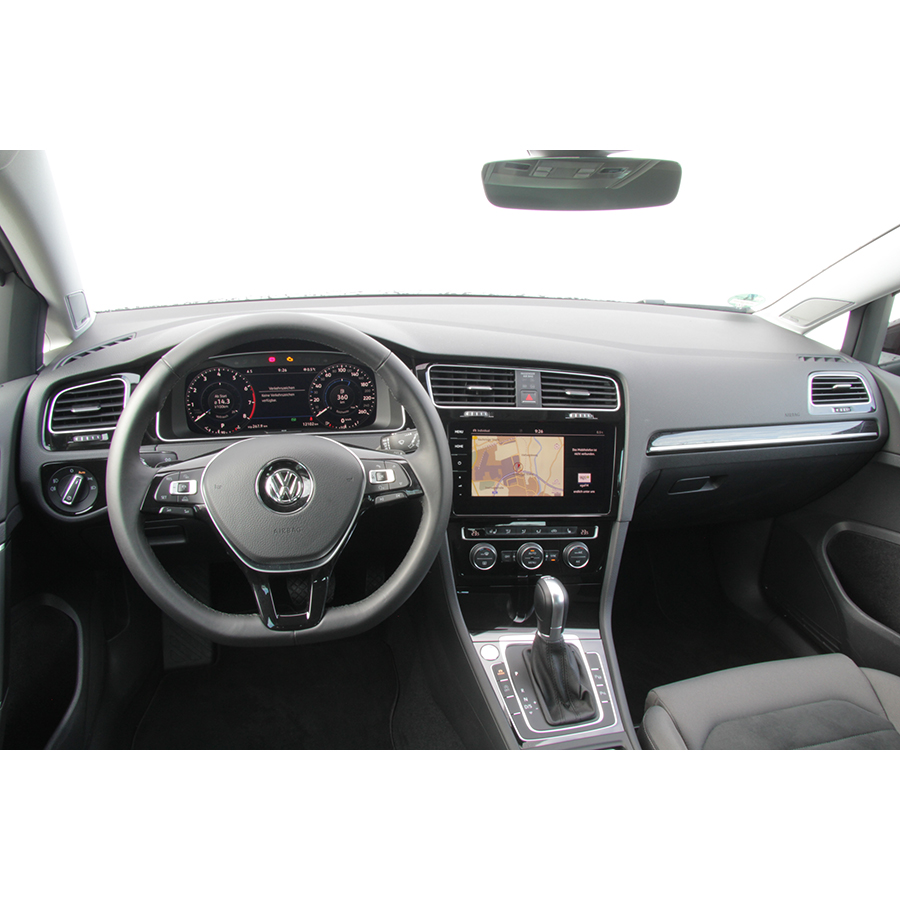 test volkswagen golf sw 1 5 tsi 150 evo bluemotion. Black Bedroom Furniture Sets. Home Design Ideas