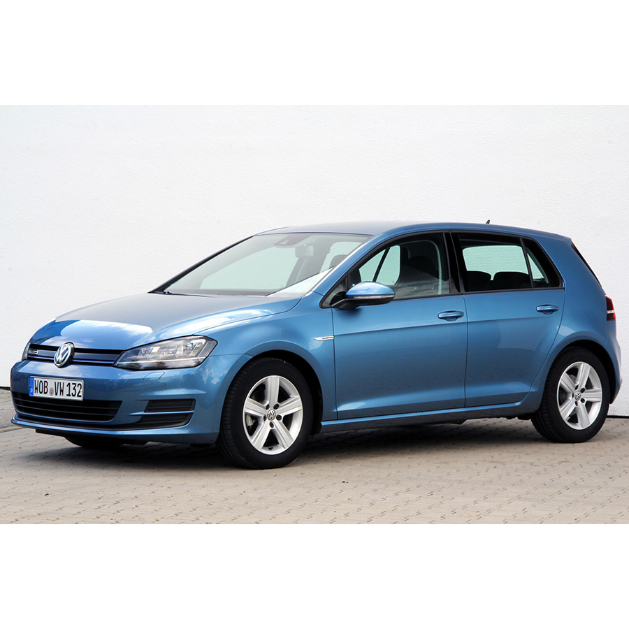 test volkswagen golf 1 0 tsi 115 bluemotion essai voiture compacte ufc que choisir. Black Bedroom Furniture Sets. Home Design Ideas
