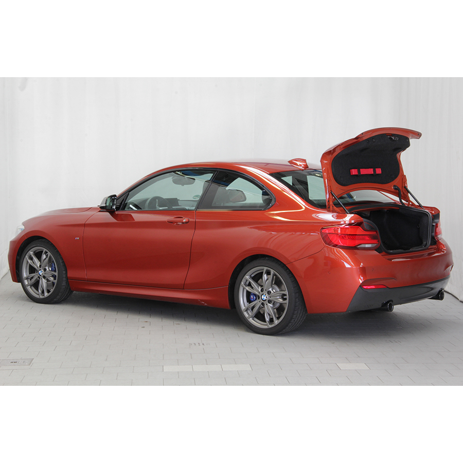 test bmw coup m240i 340 ch bva8 essai voiture coup cabriolet ufc que choisir. Black Bedroom Furniture Sets. Home Design Ideas