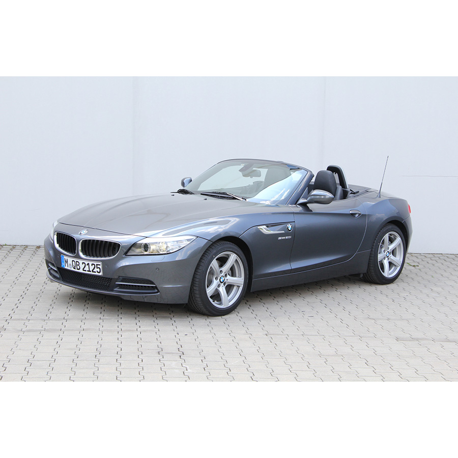 test bmw z4 roadster sdrive 20i 184 ch a essai voiture coup cabriolet ufc que choisir. Black Bedroom Furniture Sets. Home Design Ideas