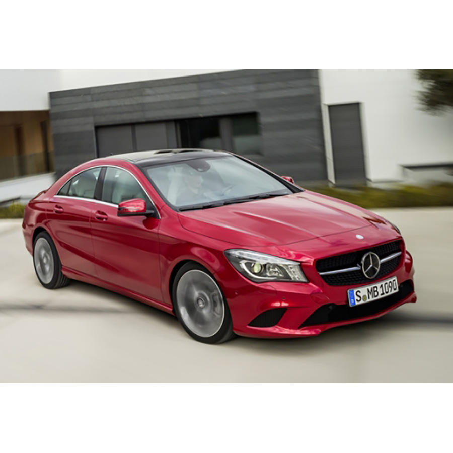 test mercedes classe cla 180 essai voiture coup. Black Bedroom Furniture Sets. Home Design Ideas