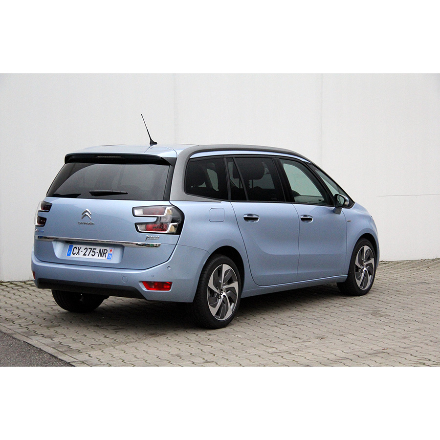test citro n grand c4 picasso bluehdi 150 essai monospace ufc que choisir