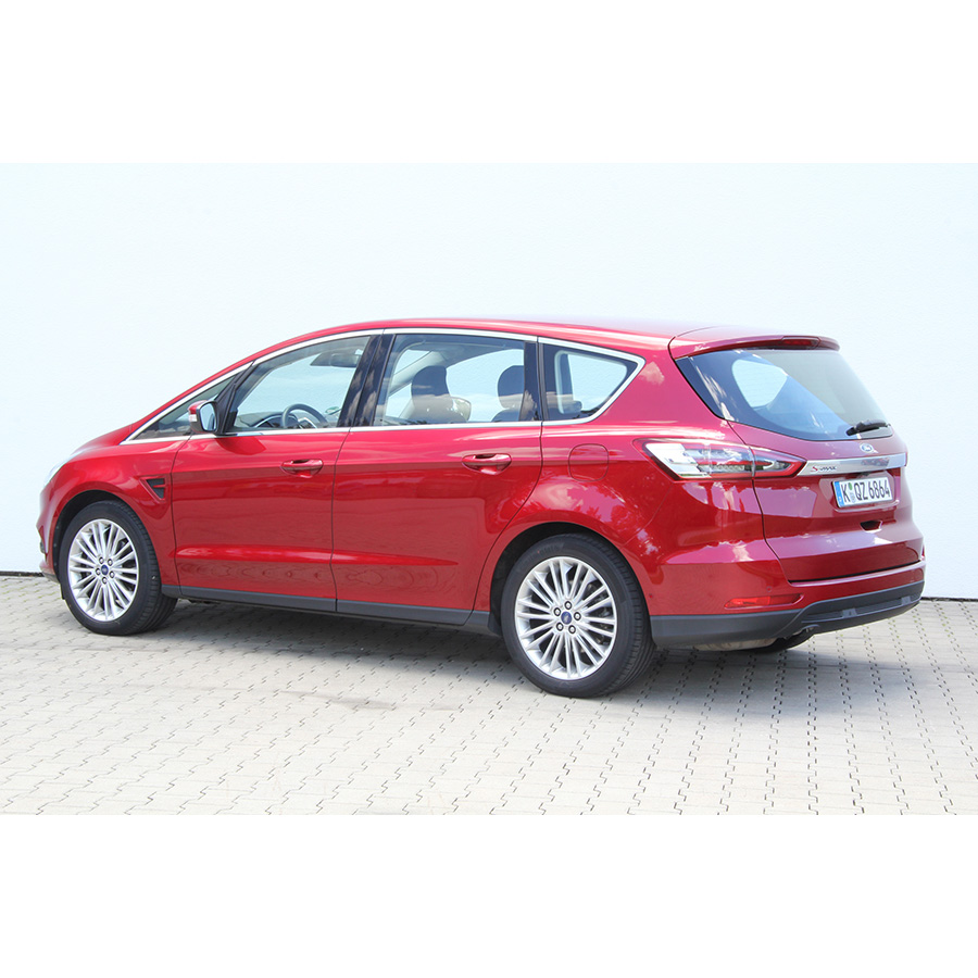 Ford S-MAX 2.0 TDCi 150 S&S i-AW -