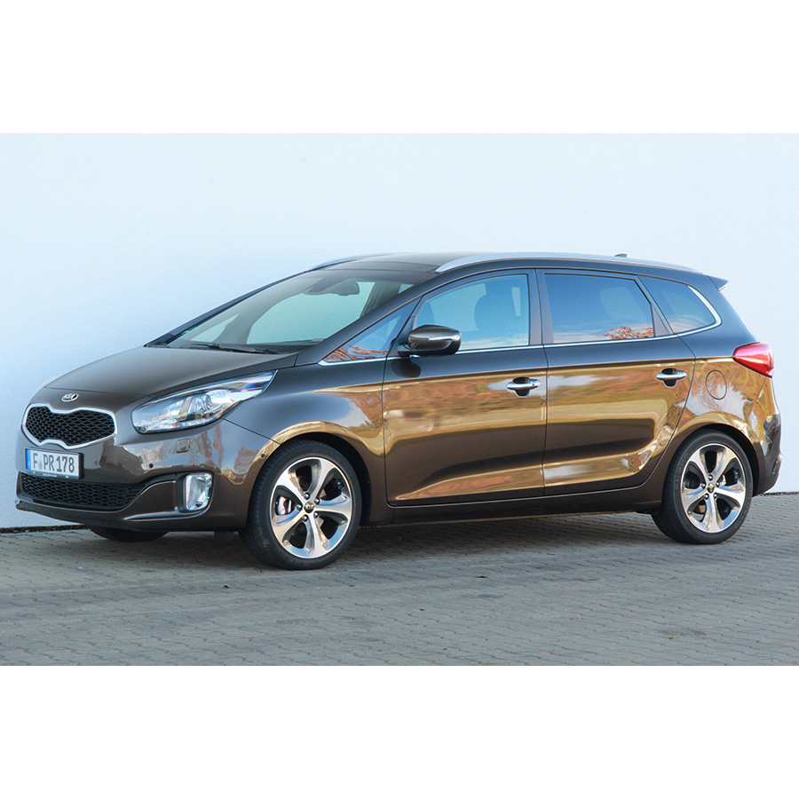 test kia carens 1 7 crdi 141 isg essai monospace ufc que choisir. Black Bedroom Furniture Sets. Home Design Ideas