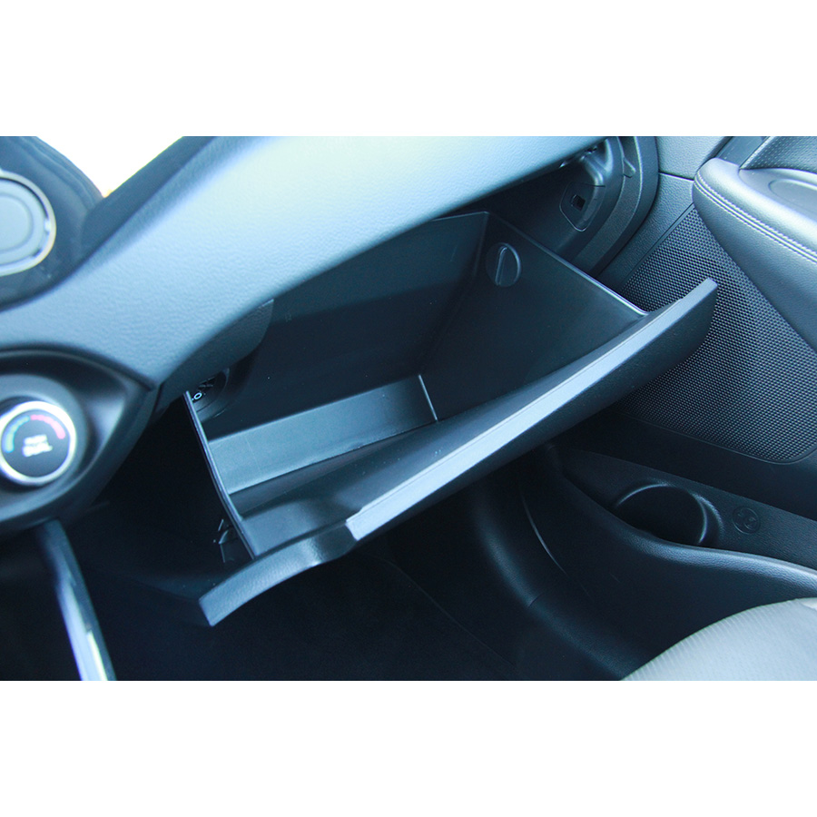 Kia Carens 1.7 CRDi 141 ISG -