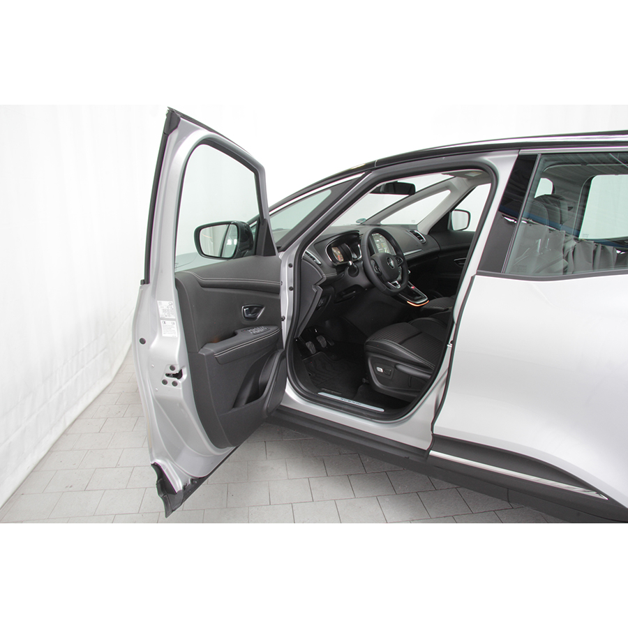 Renault Scenic dCi 110 Energy Hybrid Assist Intens -