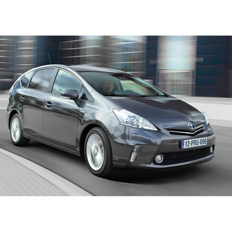 test toyota prius 136h essai monospace ufc que choisir. Black Bedroom Furniture Sets. Home Design Ideas