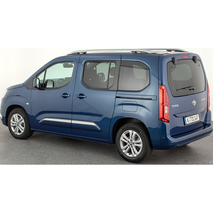 Toyota Proace City Verso Medium 1.2L 110 VVT-i BVM6 -