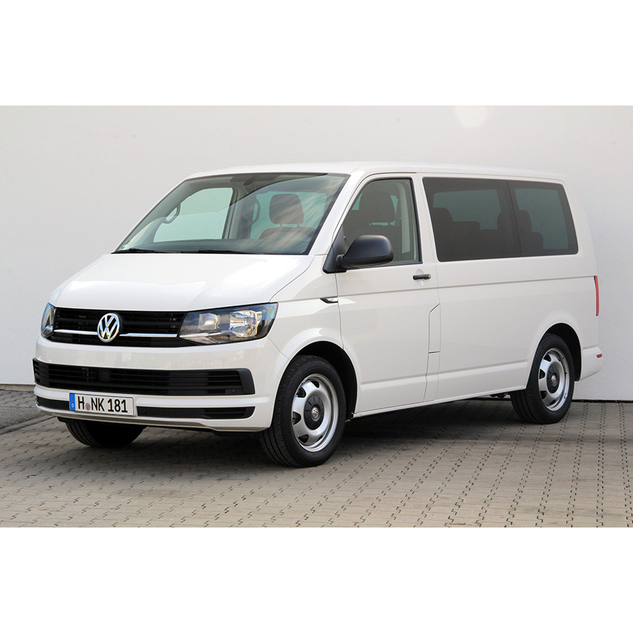 test volkswagen multivan 2 0 tdi essai monospace ufc. Black Bedroom Furniture Sets. Home Design Ideas