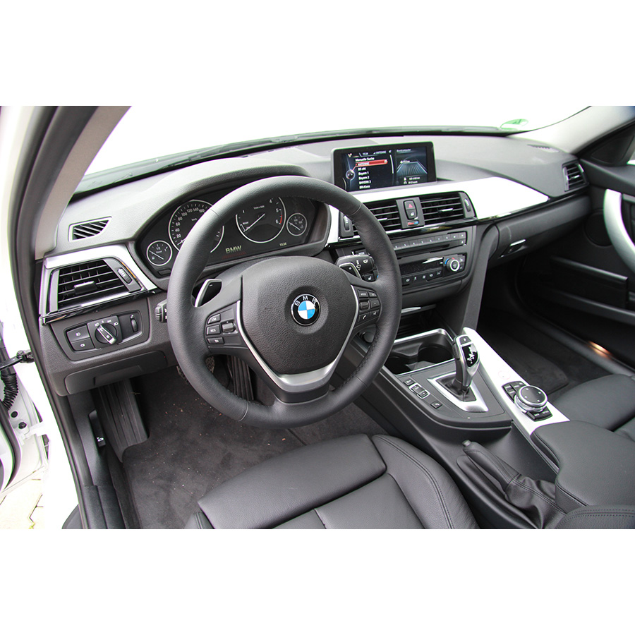 BMW 320d 163 ch Touring EfficientDynamics Edition A -