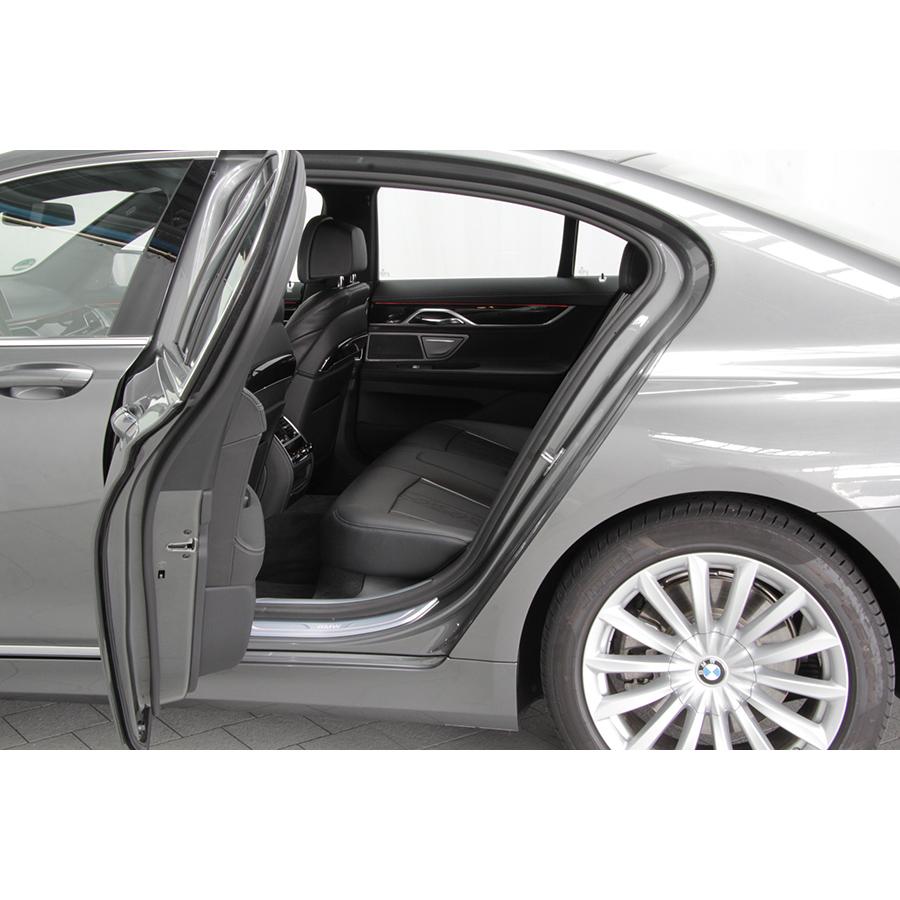 test bmw 730d 265 ch a essai voiture routi re ufc que choisir. Black Bedroom Furniture Sets. Home Design Ideas