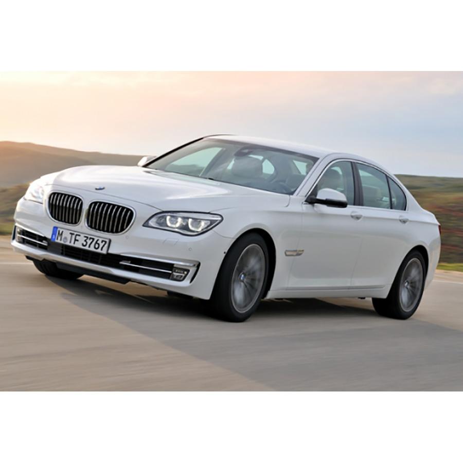 BMW 740i -
