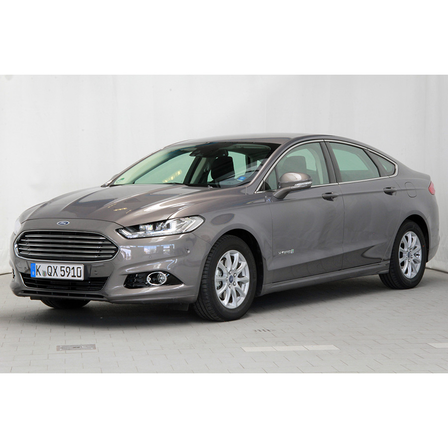 test ford mondeo 2 0 hybrid 187 a essai voiture routi re ufc que choisir. Black Bedroom Furniture Sets. Home Design Ideas