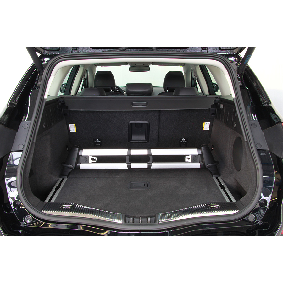 test ford mondeo turnier 2 0 tdci essai voiture routi re ufc que choisir. Black Bedroom Furniture Sets. Home Design Ideas