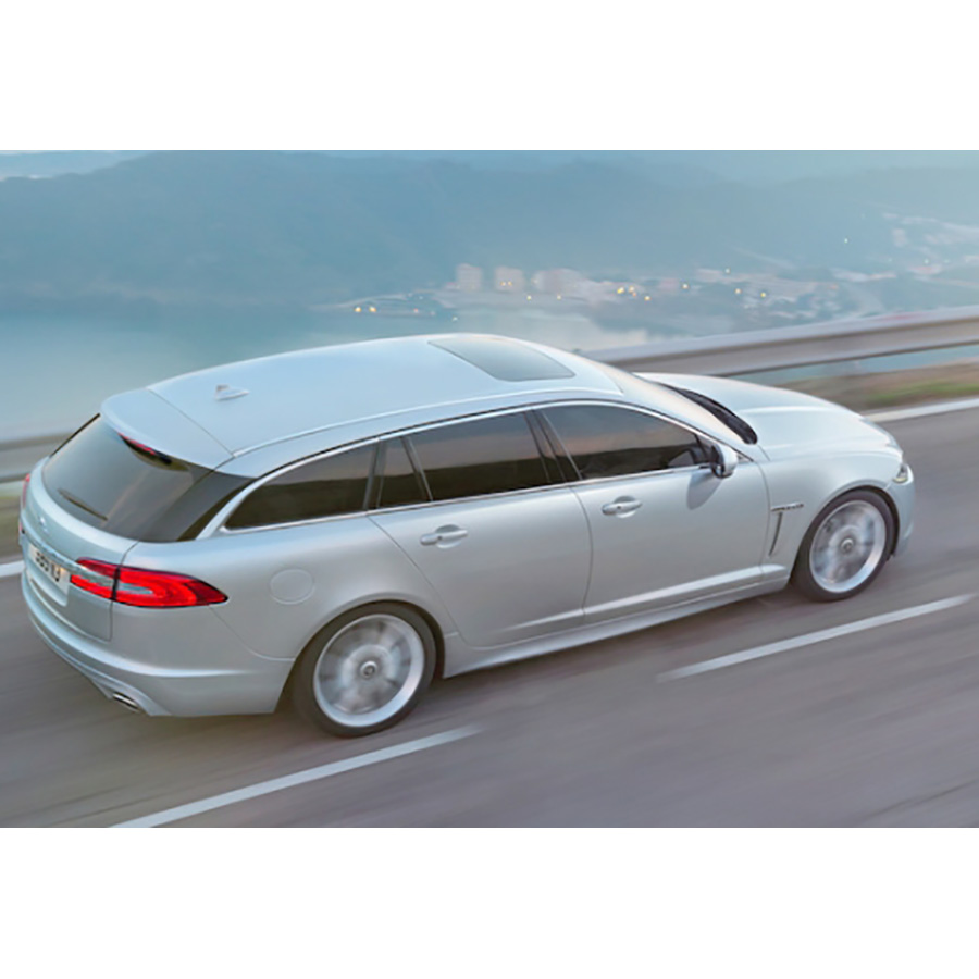 test jaguar xf sportbrake 2 2 d 200 essai voiture routi re ufc que choisir. Black Bedroom Furniture Sets. Home Design Ideas
