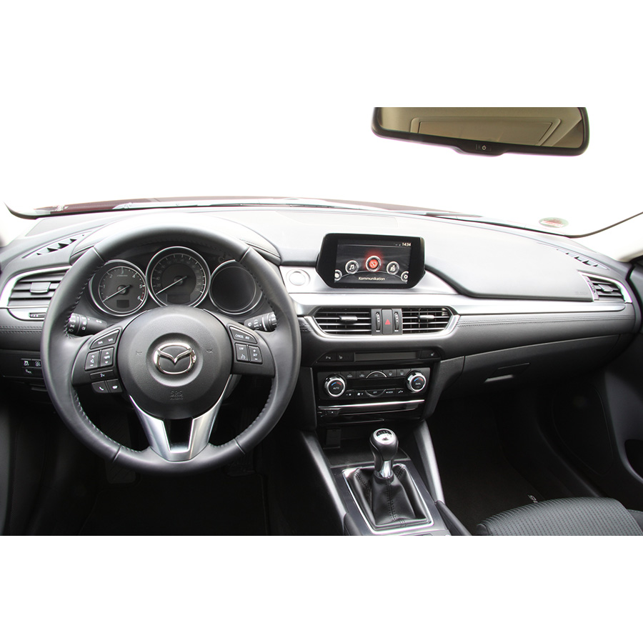 Mazda 6 Fastwagon 2.2L Skyactiv-D 150 -
