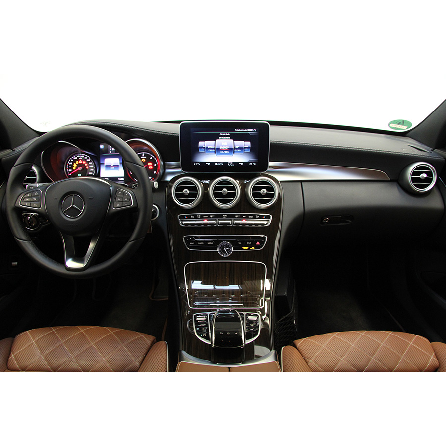 test mercedes classe c 250 d 7g tronic a essai voiture routi re ufc que choisir. Black Bedroom Furniture Sets. Home Design Ideas