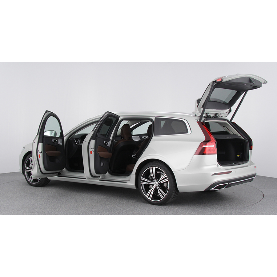 test volvo v60 d4 adblue190 ch geartronic 8 essai voiture routi re ufc que choisir. Black Bedroom Furniture Sets. Home Design Ideas